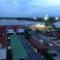 Photo taken at La 14 by Juan David R. on 5/18/2012