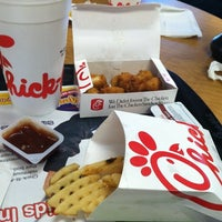 Photo taken at Chick-fil-A The Collection Forsyth by Laurie B. on 7/27/2012