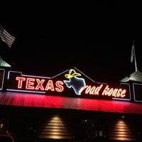 Photo taken at Texas Roadhouse by Kim on 8/25/2012