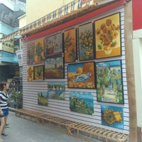 Dafen Oil Painting Village & Culture Tour