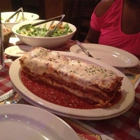 Photo taken at Buca di Beppo Italian Restaurant by Carl F. on 7/23/2012