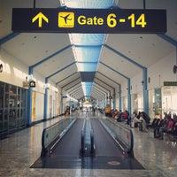 Photo taken at Bandaranaike Int'l Airport (CMB) by Shan on 7/8/2012