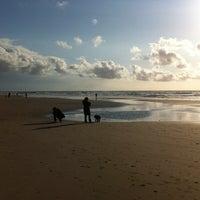 Photo taken at Strand Noordwijk aan Zee by Hector S. on 5/16/2012