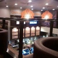 Photo taken at Chocolateria San Churro by Gopika M. on 4/1/2012