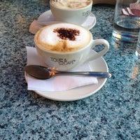 Photo taken at Toi, Moi & Café by Gabrielle L. on 8/26/2012