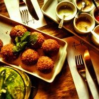 Photo taken at Pita - Bar e Kebab by Thiago U. on 5/25/2012