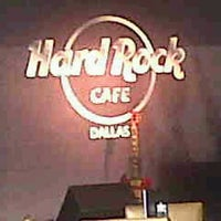 Photo taken at Hard Rock Cafe Dallas by Mario R. on 8/12/2012
