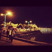 Photo taken at Embarcadero de Legazpi by Pepito C. on 8/17/2012