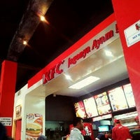 Photo taken at KFC by Aldy C. on 5/13/2012