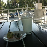 Photo taken at The Tide Bakery and Cafe by guide b. on 6/5/2012