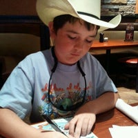 Photo taken at LongHorn Steakhouse by Marnet W. on 3/23/2012