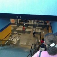 Photo taken at Estación Centro de los Héroes by Roman L. on 3/7/2012