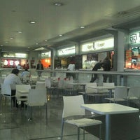 Photo taken at Food Court by Gustavo Á. on 8/21/2012