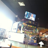 Photo taken at Mellow Mushroom by Bobby B. on 8/31/2012