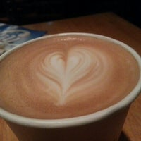 Photo taken at Heine Brothers Coffee by Steve G. on 9/11/2012