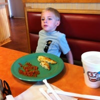 Photo taken at Gatti's Pizza at Karns by Amy T. on 8/4/2012