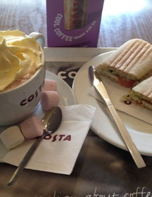 Costa Coffee. Pollet