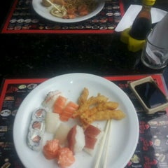 Photo taken at Tanabata Sushi by André R. on 2/25/2012