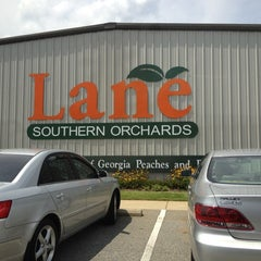 Photo taken at Lane Southern Orchards by Emily A. on 6/14/2012