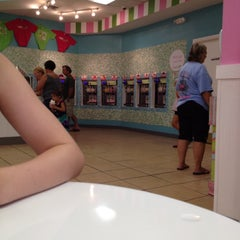 Photo taken at Sweet Frog Frozen Yogurt by Taylor S. on 8/18/2012