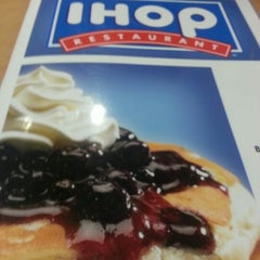 Photo taken at IHOP by ♎Mike T. on 7/24/2012
