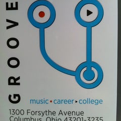 Photo taken at GROOVE U by Chas K. on 4/17/2012