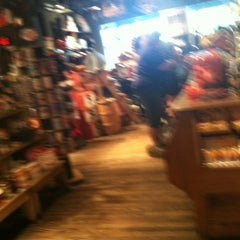 Photo taken at Cracker Barrel Old Country Store by Kristen K. on 8/17/2012