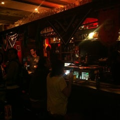 Photo taken at Vértigo Beer Pub by Javier C. on 6/30/2012