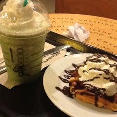 Photo taken at Starbucks Coffee by Ghen H. on 5/2/2012