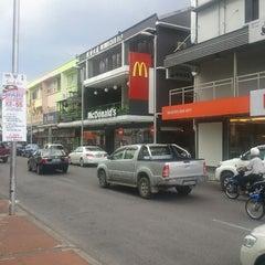 Photo taken at McDonald's by Azha A. on 8/27/2012
