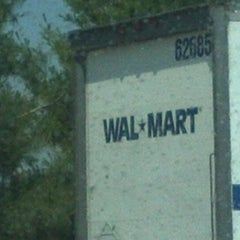 Photo taken at Walmart Supercenter by Greene T. on 5/13/2012