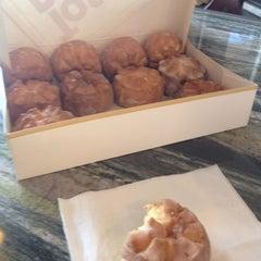 Photo taken at McKenzie's Tastee Restaurant by Les C. on 2/12/2012