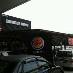 Photo taken at Burger King by mohd hamizi bin ketimin on 9/10/2012