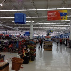 Photo taken at Walmart Supercenter by Dale C. on 4/29/2012