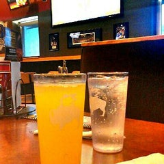 Photo taken at Buffalo Wild Wings by Teeway P. on 7/21/2012
