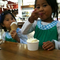 Photo taken at N'ice Cream At The Market by Kalika Y. on 8/25/2012