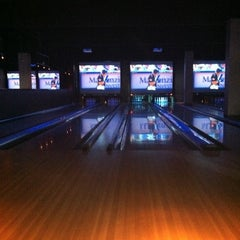 Photo taken at Lucky Strike Fort Worth by Penny S. on 7/31/2011