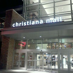 Photo taken at Christiana Mall by Jessica L. on 11/28/2011