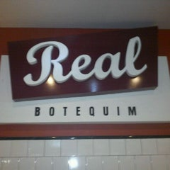 Photo taken at Real Botequim by Tatiana S. on 1/7/2012