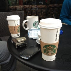 Photo taken at Starbucks by Eng Abdullah . on 3/4/2012