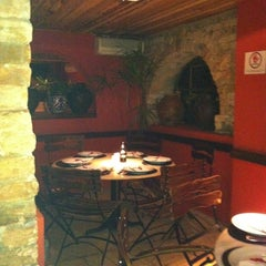 Photo taken at Veridiana Pizzaria by Alexandra T. on 6/30/2012