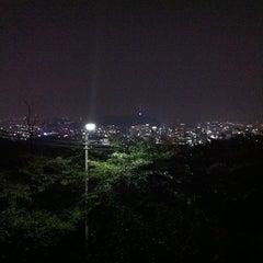 Photo taken at 북악스카이웨이 팔각정 (Bukak Skyway Palgakjeong) by jeonzy on 8/29/2011
