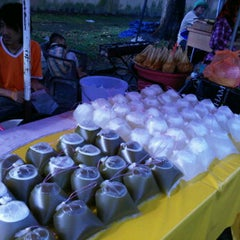 Photo taken at Bazaar Ramadhan Taman Segambut by Awal S. on 8/3/2011