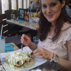 Photo taken at Cabo Grill Fish & Tacos by Rirenteria R. on 5/29/2011