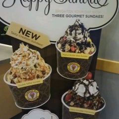 Photo taken at Marble Slab Creamery by Donna L. on 9/11/2011