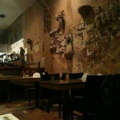 Photo taken at Novecento Pasta & Grill by C. A. on 6/10/2012