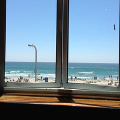 Photo taken at Pacific Beach Shore Club by Jennie E. on 7/27/2012