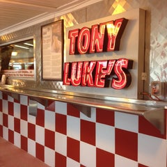 Photo taken at Tony Luke's by Melinda H. on 6/9/2012