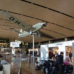 Photo taken at Finnair Tax-free Shop by Seven H. on 3/12/2012