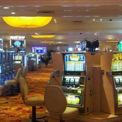 Photo taken at Tropicana Las Vegas by Jéssika Z. on 7/6/2012